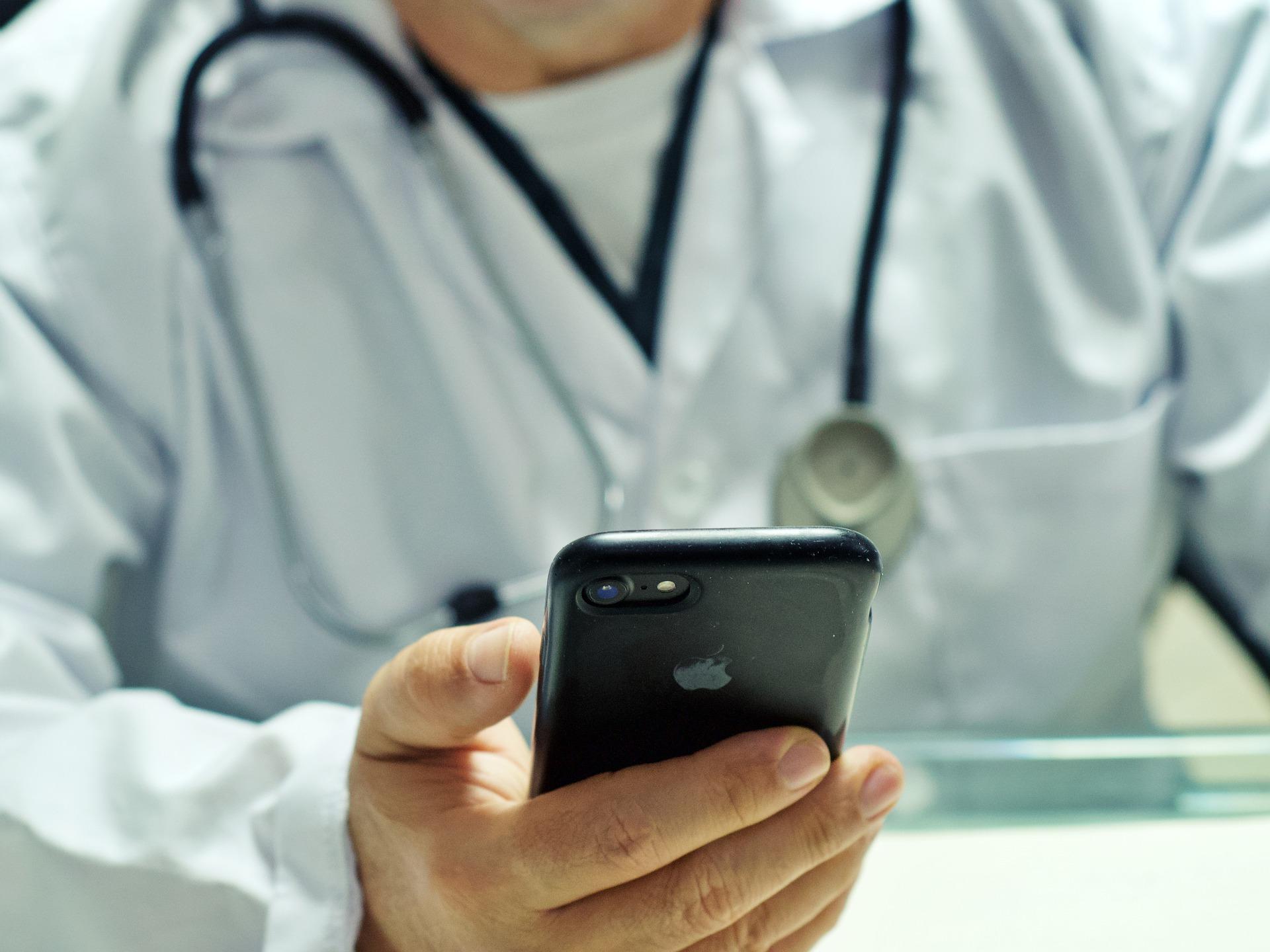 Oncologist calls for medical representatives